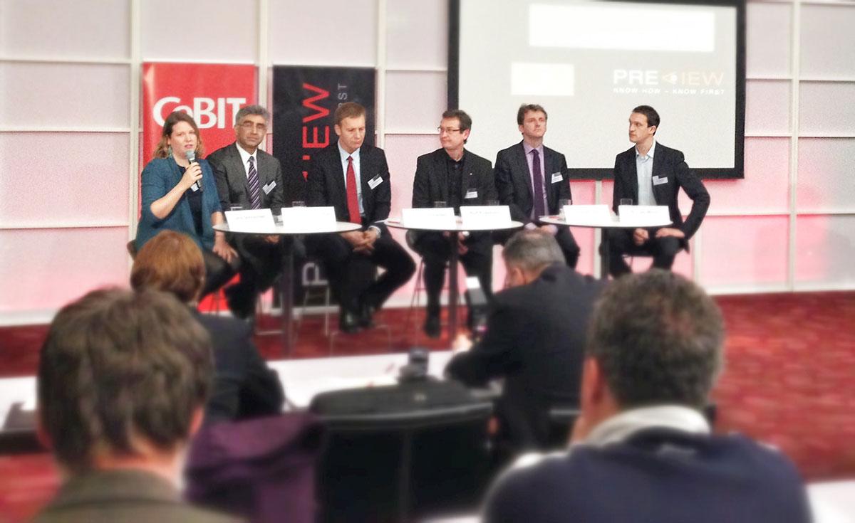 Diskussionsteilnehmer beim CeBIT 2013 Trendtalk